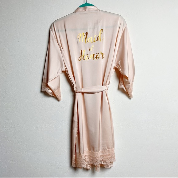 Other - ⭐️ Maid of Honor Faux Silk Robe